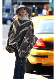 A Rainy Day In New York Elle Fanning Coat
